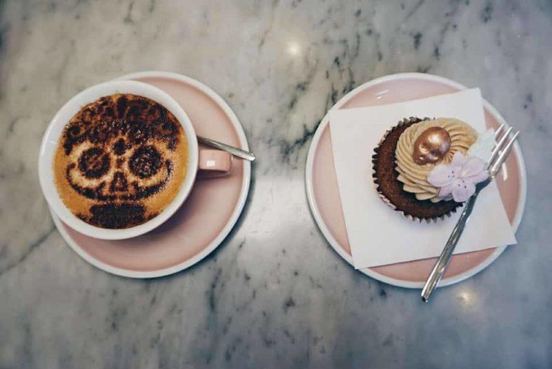 Peggy Porschen Halloween Coffee and Cupcake, London